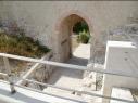 Portillo de acceso desde la Huerta del Duque a la iglesia de San Martín, una vez restaurado.