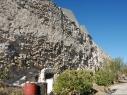 Tramo de la muralla entre las puertas de Las Cuevas y la de Santiago antes de la restauración