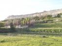 Vista de la muralla desde la Huerta del Duque. Estado antes de su restauración.