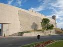Tramo de la muralla desde la puerta de San Basilio al Castillo. Estado después de su restauración.
