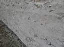 Lienzo de la muralla junto al castillo. Se puede apreciar las marcas del encofrado de la fábrica de tapial