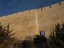 Exterior de la muralla coincidiendo con el portillo que da acceso a la Huerta del Duque desde la zona de la iglesia de San Martín