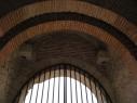 Puerta sureste del castillo. Detalle del interior de sus arcos.